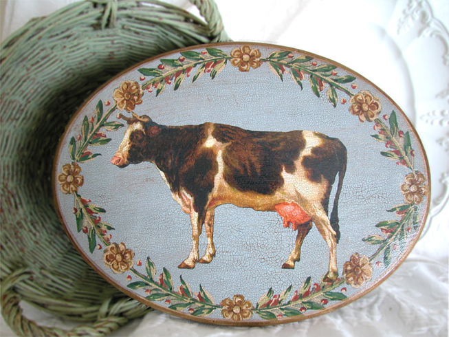 Cow Oval  Plaque