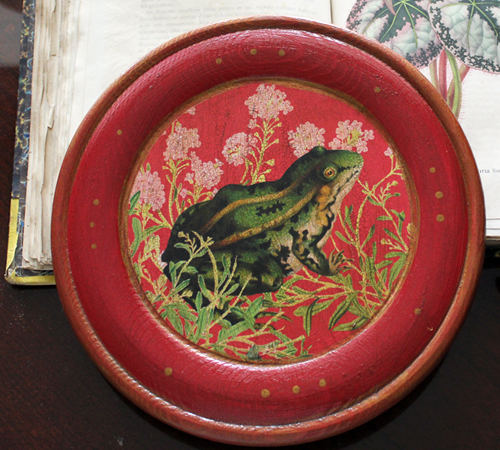 Frog Plate with Pink Flowers