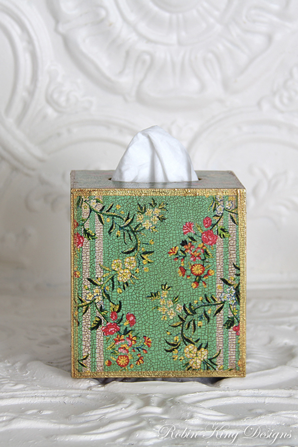 Mint Dauphine Floral Tissue Box Cover