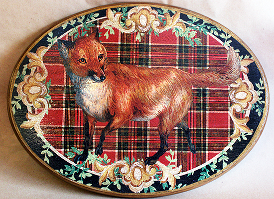 Fox Plaque Red Plaid