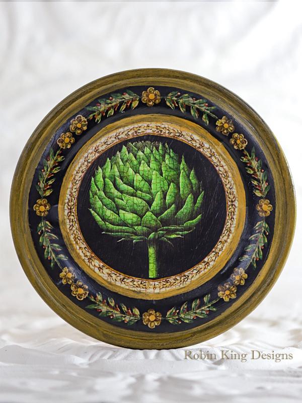 Artichoke Wood Plate 7.5 Inches