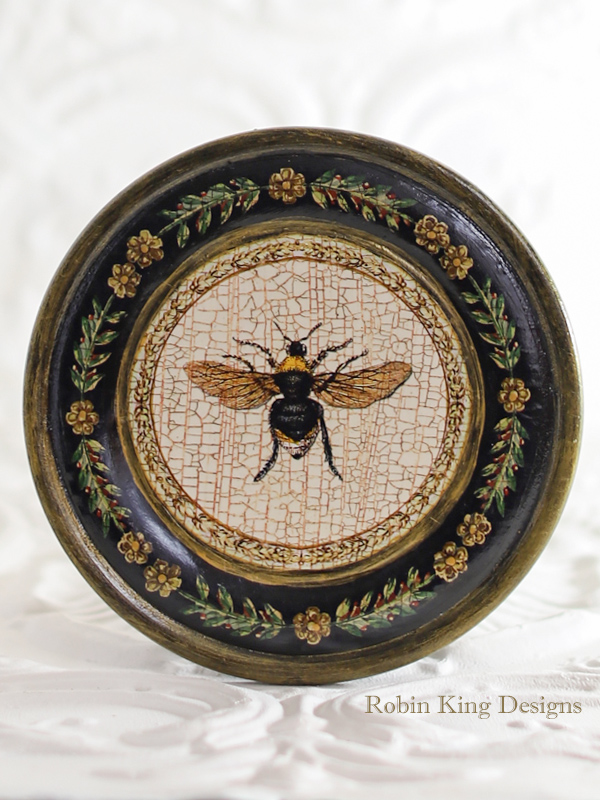 Bee Plate Wood 7.5 Inches