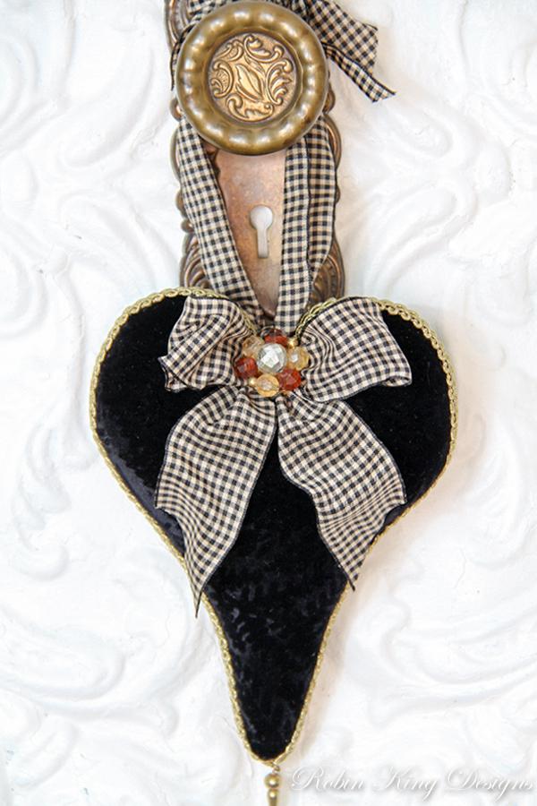 Black Patterned Velvet Lavender Heart Sachet