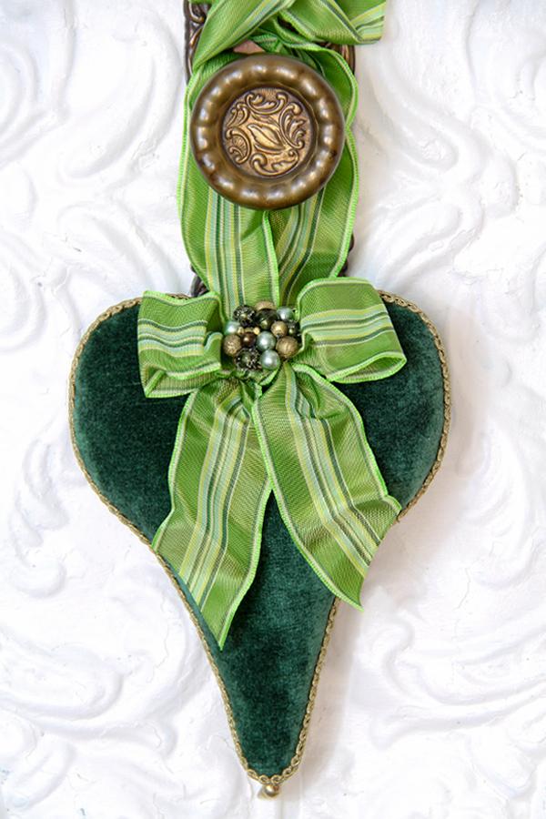 Green Velvet Lavender Heart Sachet