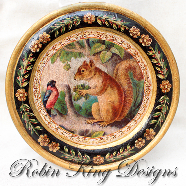 Squirrel in Tree Plate